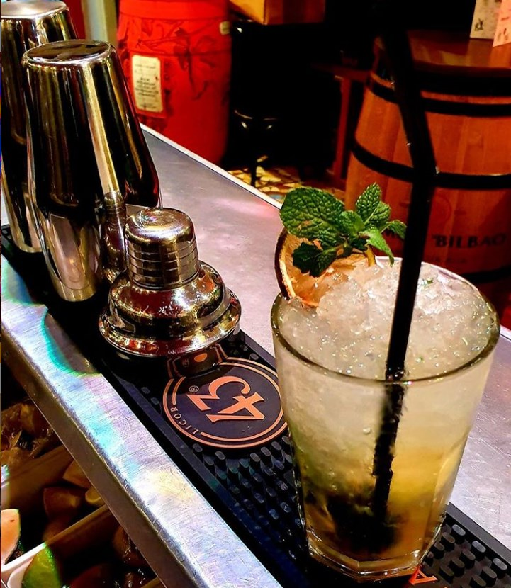 mojitos et cocktails espagnols à Paris