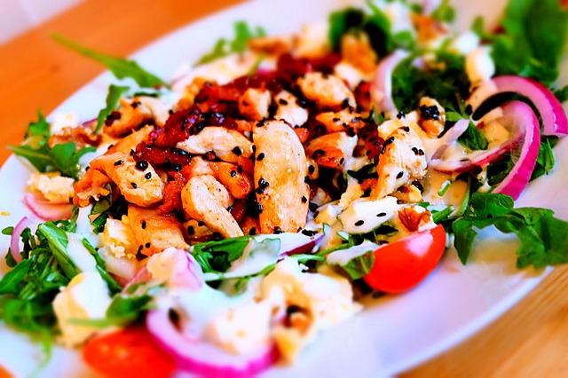 où manger une salade caesar à Paris
